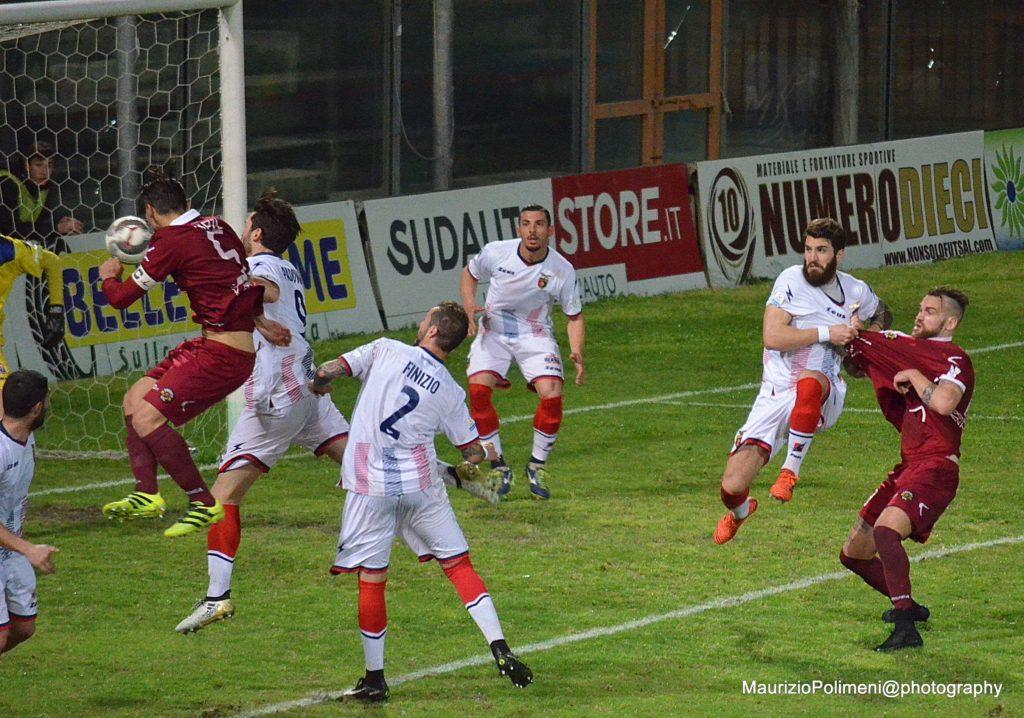 casertana15 il gol di Laezza